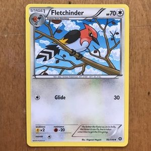 Pokémon Fletchinder card
